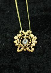 karmapa-gold-pendant-v2-white_sapphire-gem-851x1200